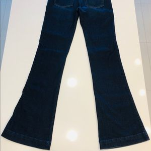 7 For All Mankind Jeans - 7 For All Mankind Jeans -The Slim Trouser. Size 28